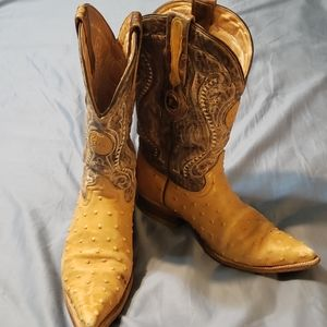 Handcrafted men's leather cowboy boots